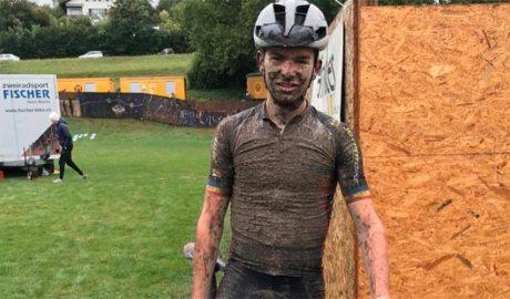 Kilian Folguera ple de fang en acabar una cursa