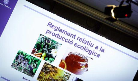 Portada del document de presentació del Reglament relatiu a la producció ecològica