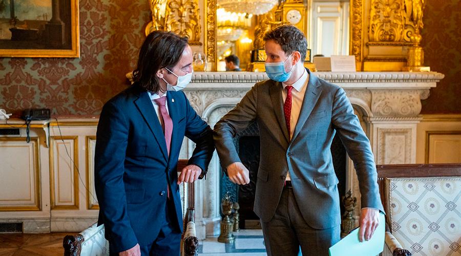 El secretari d'Estat d'Afers Europeus, Landry Riba,i el seu homòleg francès, Clément Beaune.