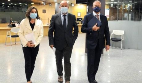 El ministre de Justícia i Interior, Josep Maria Rossell, la ministra de Turisme, Verònica Canals, i el ministre de Salut, Joan Martínez Benazet