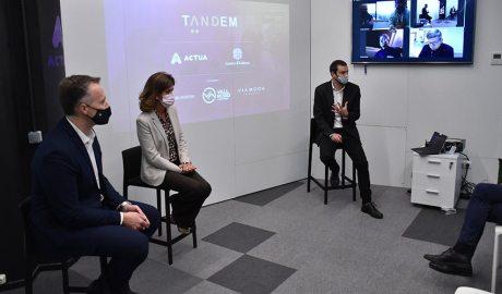 Costa, Vilarrubla i Galabert presentant la cinquena edició del projecte Tàndem d'Actua