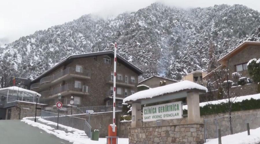La clínica geriàtrica de Sant Vicenç d'Enclar després d'una nevada
