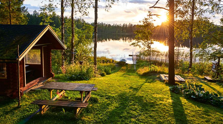 Cabana en un llac