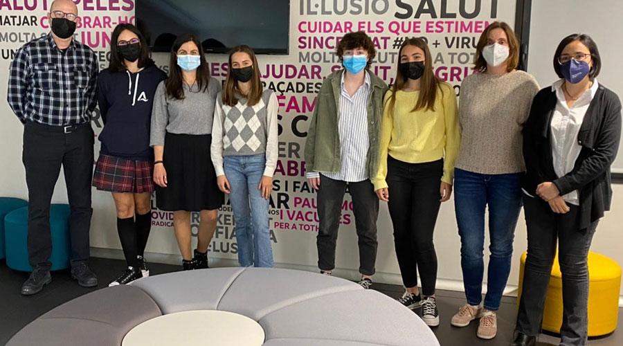 Professionals d'Andorra Telecom reben la visita de joves estudiants en el Dia Internacional de les noies a les TIC
