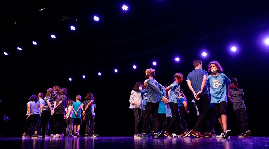 Alumnes de l'Institut de Música participant en un recital