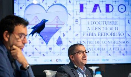 Canturri i da Silva presentant el I Festival de Fado d'Andorra