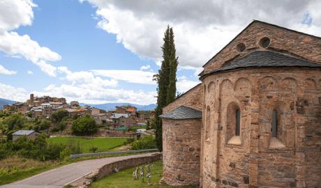 Capçalera de l'església de Sant Vicenç d'Estamariu