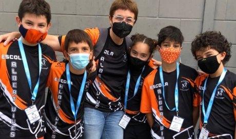 Alumnes de l'escola Albert Vives a la World Robot Olympiad