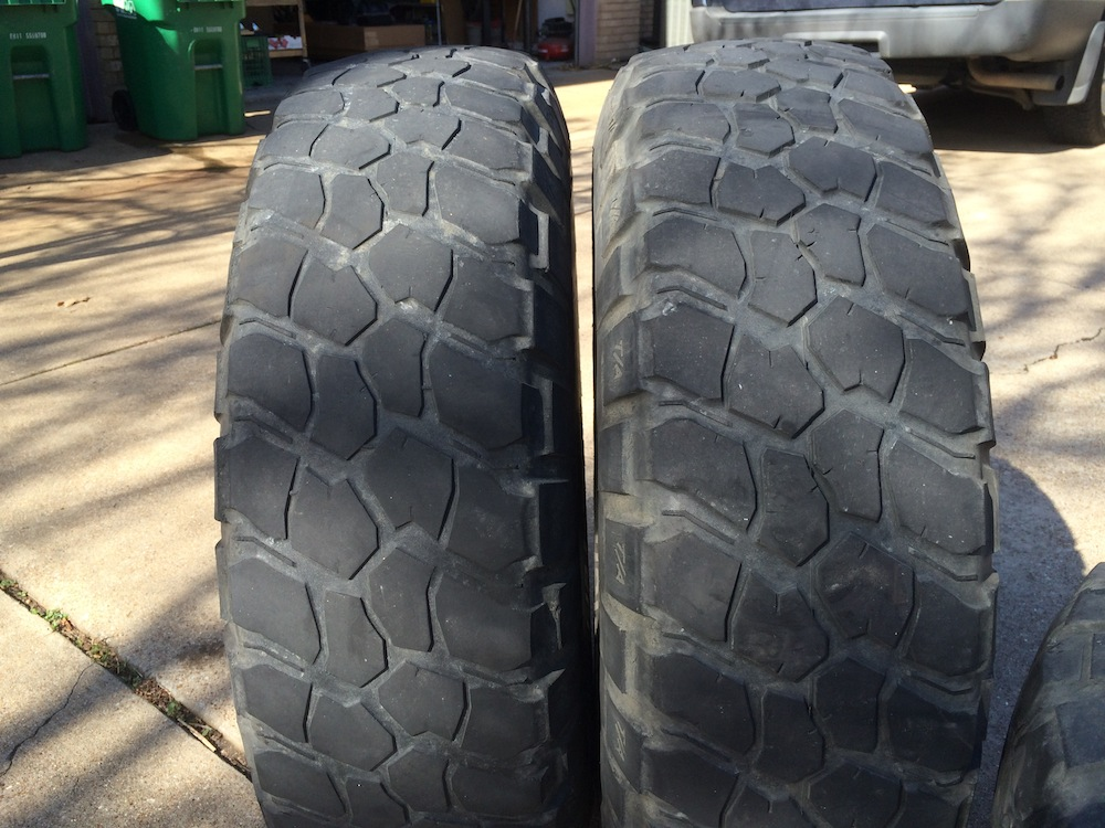 Tall How Tire 17 285 75