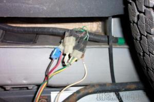 Adding trailer wiring to a '91 FJ80 | IH8MUD Forum