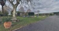 Casa di Accoglienza San Girolamo Emiliani - Il giardino, i parcheggi e il lungo viale d'entrata