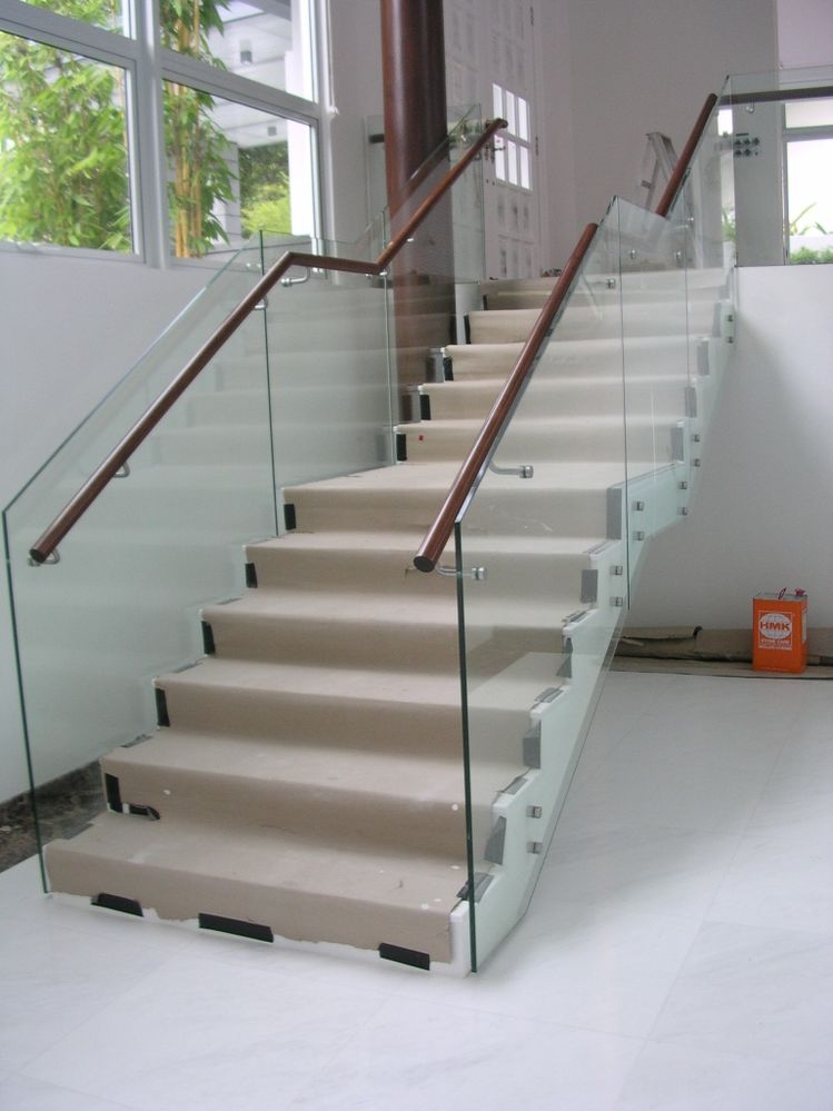 Solved Glass Panel Railing At Stair Landing 2017 Autodesk | Glass Staircase Panels Near Me | Modern Staircase Railing | Tempered Glass | Wood | Stair Balustrade | Stair Case
