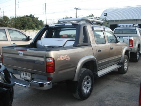 toyota D4D 2002-2004 Hilux Tiger from Thailand's, Singapore's, England United Kingdom's and Dubai's top Toyota Hilux Tiger dealer and exporter - Jim Autos Thailand