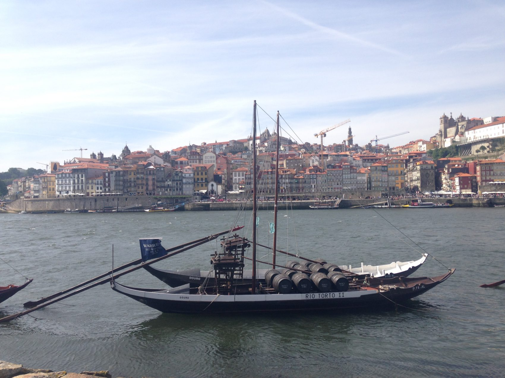 Portugal Wine Travel Guide. Porto, old town