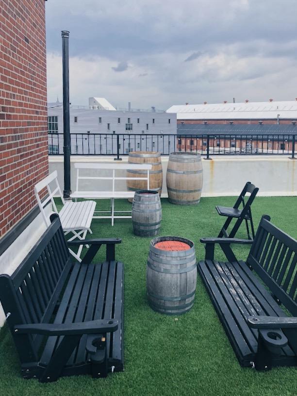 Rooftop Reds. Outdoor Bar