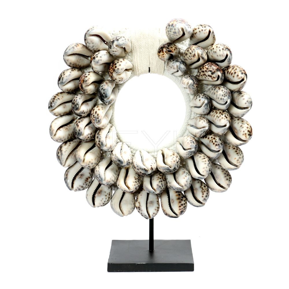 Schelpenketting Tiger Cowrie White