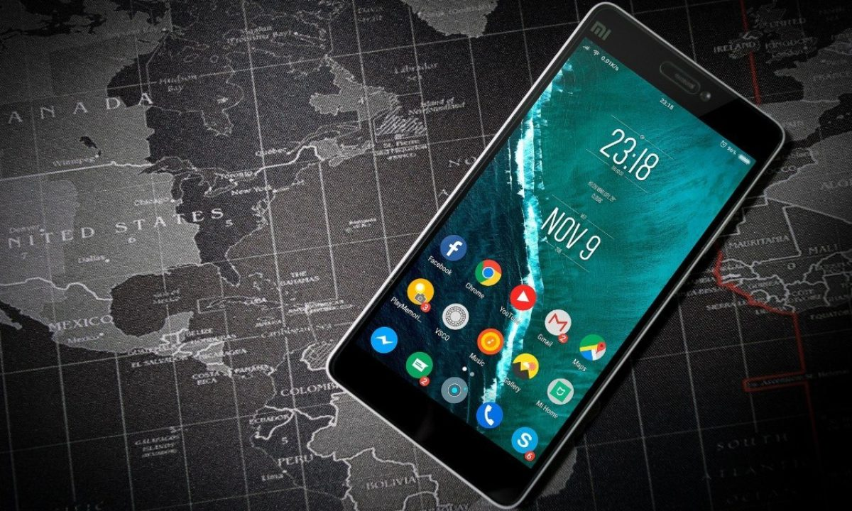 10 Best Android Wallpaper App List To Improve Looks Of Your Phone In 2019