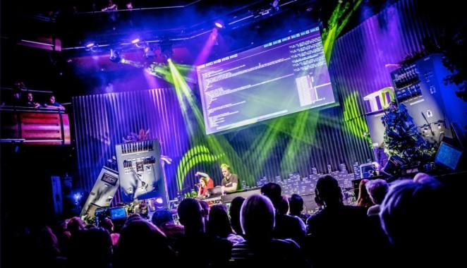 sam aaron performance ao vivo na thinkingdigital conference