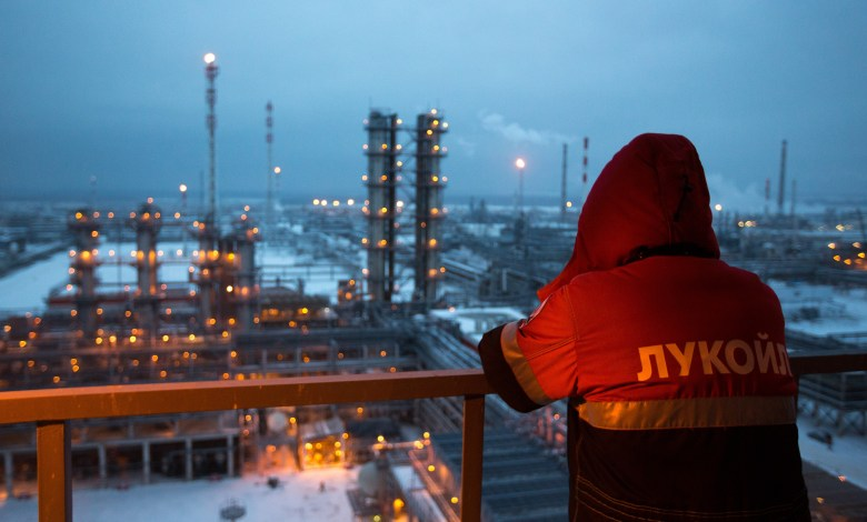 Photo of Corruption, Power, and Oil: The Russian Legacy of Fossil Fuel Production