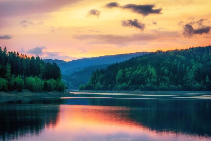 reservoir-3613446_1280