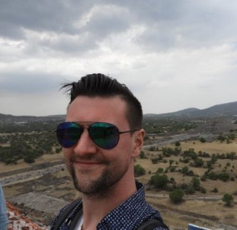 Hello from the top of the Pirámide del Sol, Teotihuacan, Mexico.