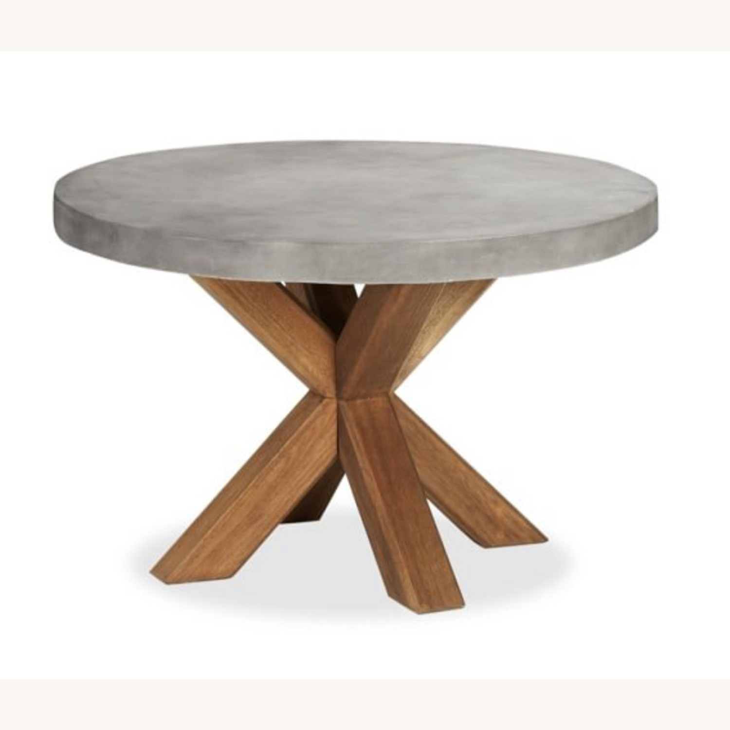 large round outdoor dining table