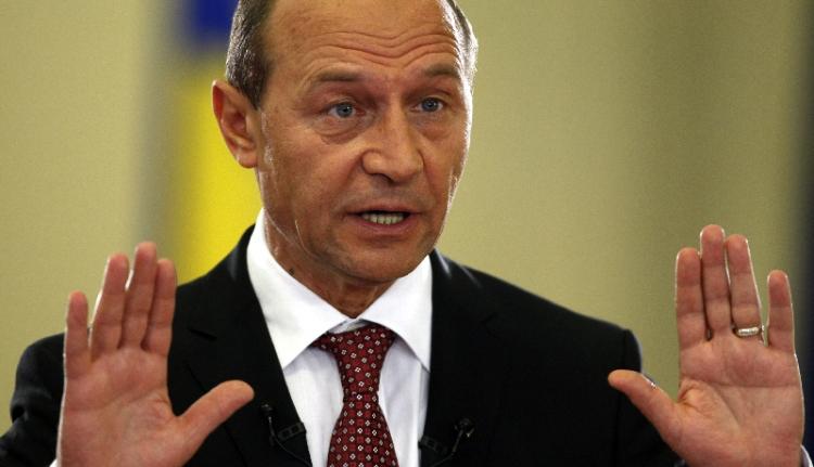 Băsescu: ha a Lukoil zsarolni akar, olajra léphet!