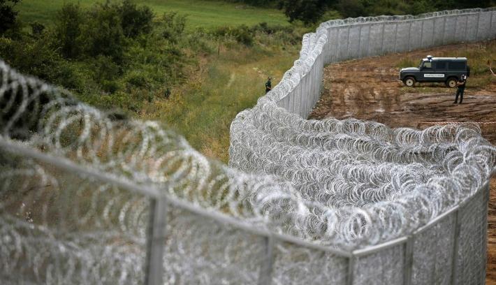 """""""Magyarország magatartása a menekültekkel szemben szégyen Európára"""""""