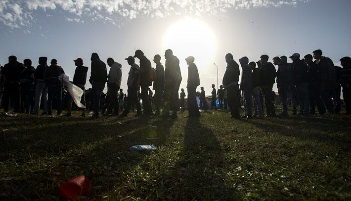 Így könnyítenék a menekültek szétosztását az Unióban