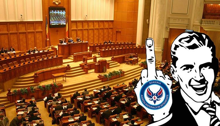 Megszavazták: alkalmazhatják rokonaikat a törvényhozók