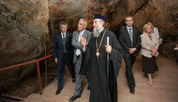 Aranymentő akcióra emlékező múzeum nyílt egy barlangban