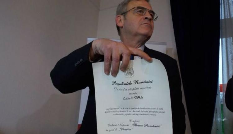 Lezárult Tőkés pere a Románia Csillaga kitüntetésért