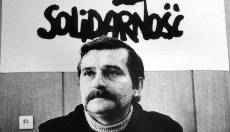 Tényleg Wałesa írta az ügynöki jelentéseket