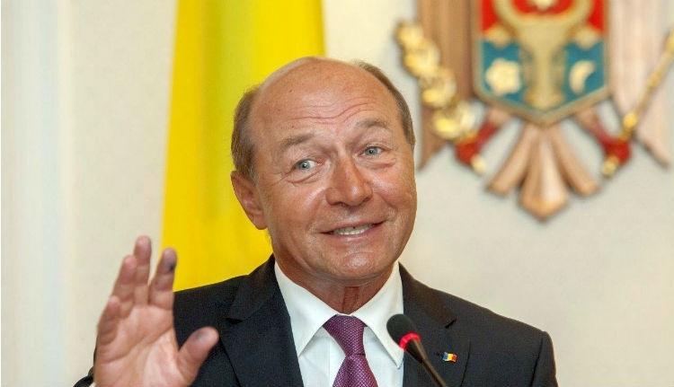 Băsescu zsebében kutakodna a főügyészség