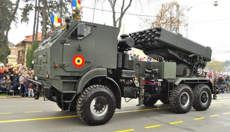Nézzük, kiknek ad el fegyvert Románia