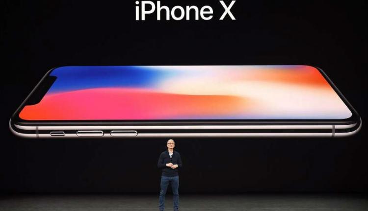Itt vannak az új almás telefonok