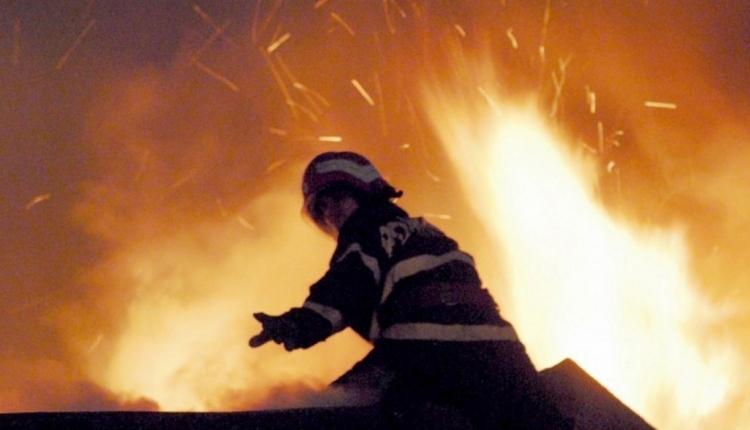 Négyemeletes panelház lángolt Marosvásárhelyen