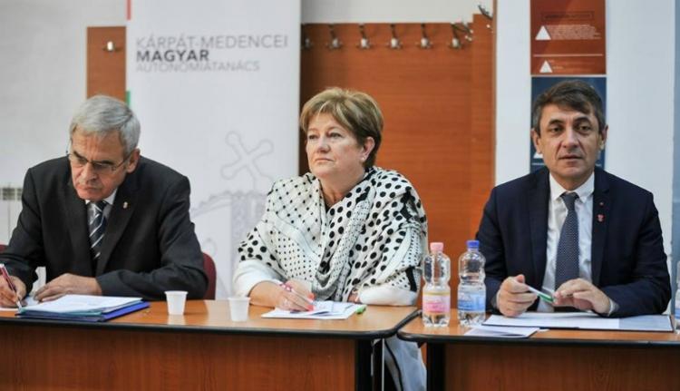 Tőkés: a fokozódó magyarellenesség is az autonómia hiányára vezethető vissza