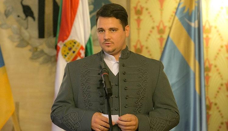 Elképesztően hosszú időre tiltották ki Romániából Dabis Attilát