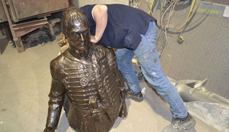 Nem csak Rhédey-szobrot állítanak, a jövőnek is üzennek Váradon