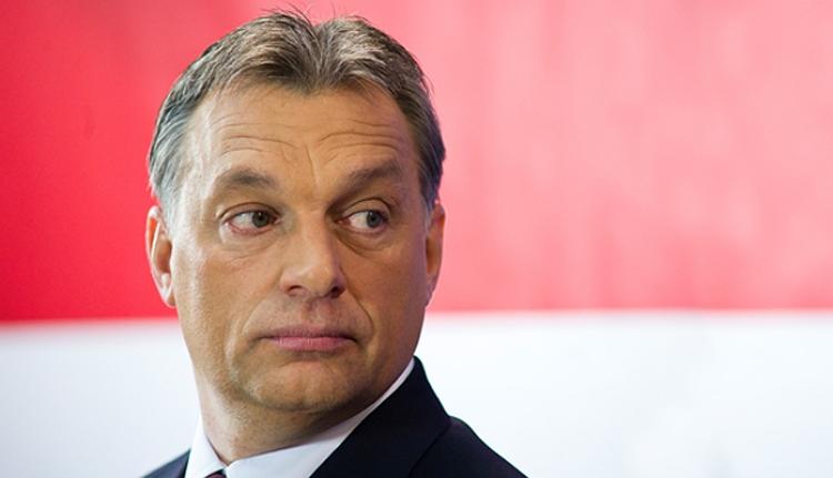 Ébredj, Románia! Orbán Viktor az ajtódon dörömböl!