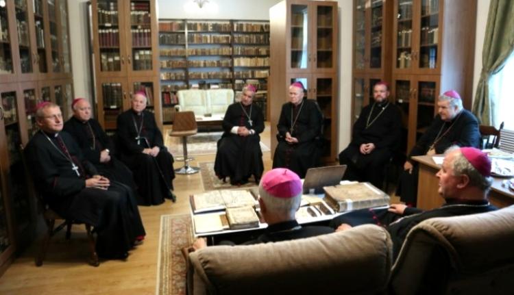 """Igennel szavaztatnák a """"jóakaratú állampolgárokat"""" a katolikus püspökök"""