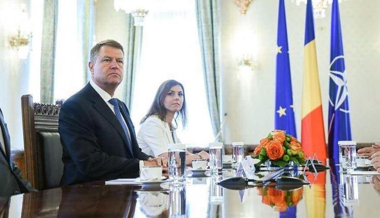 Cotroceni-be rendeli a pártokat Iohannis