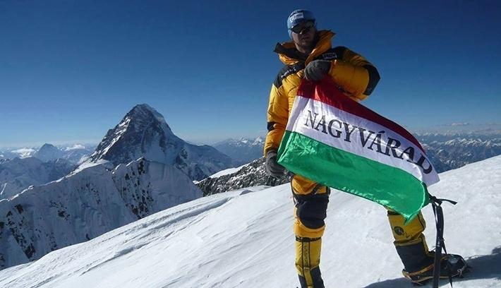 Negyedik nyolcezresét hódítja meg a váradi hegymászó