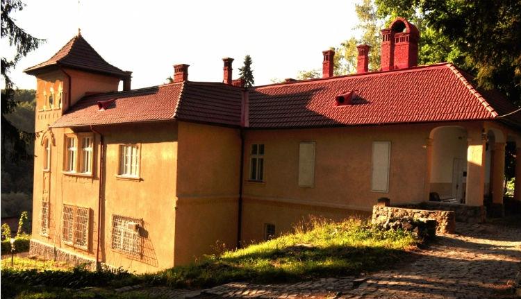 Vesztettek a Goga-örökösök: az államé lesz Csinszka és Ady csucsai otthona