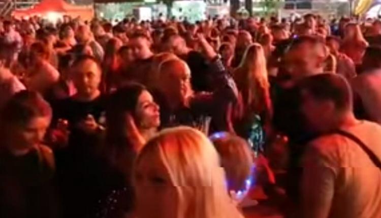 Emil Boc ismét felszántotta a táncparkettet az Untold fesztiválon (VIDEÓval)