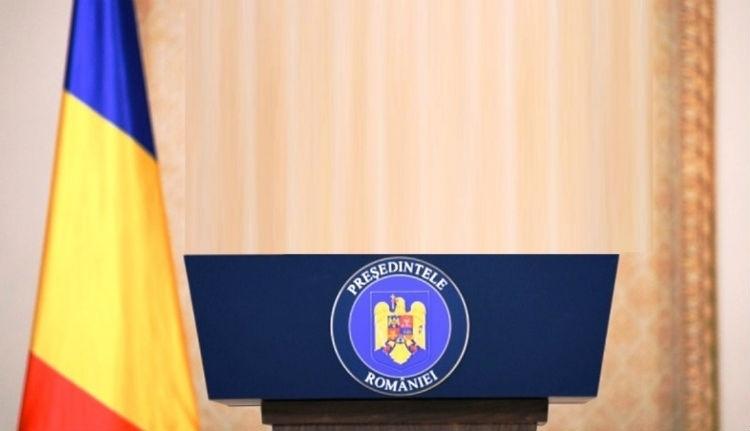 Romániában tízszer többet ér egy szász, mint egy magyar. Ki a Jani az elnökjelöltek között?