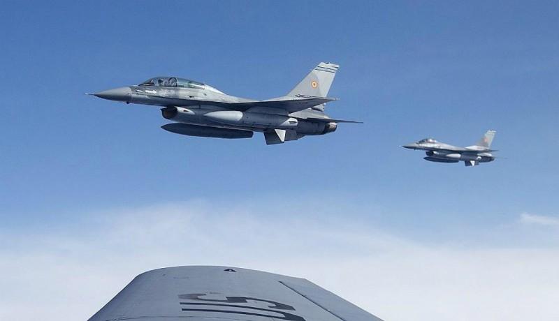 Románia nagyon belejött a vadászrepülő-bizniszbe: újabb F-16-osokat vásárol a kormány