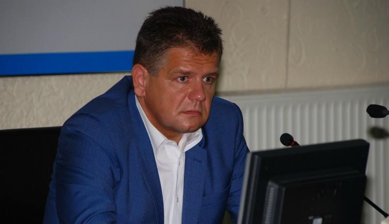 Új etnikai konfliktus körvonalazódik Vásárhelyen: Florea tanácsadója is beszállt a cigányozásba