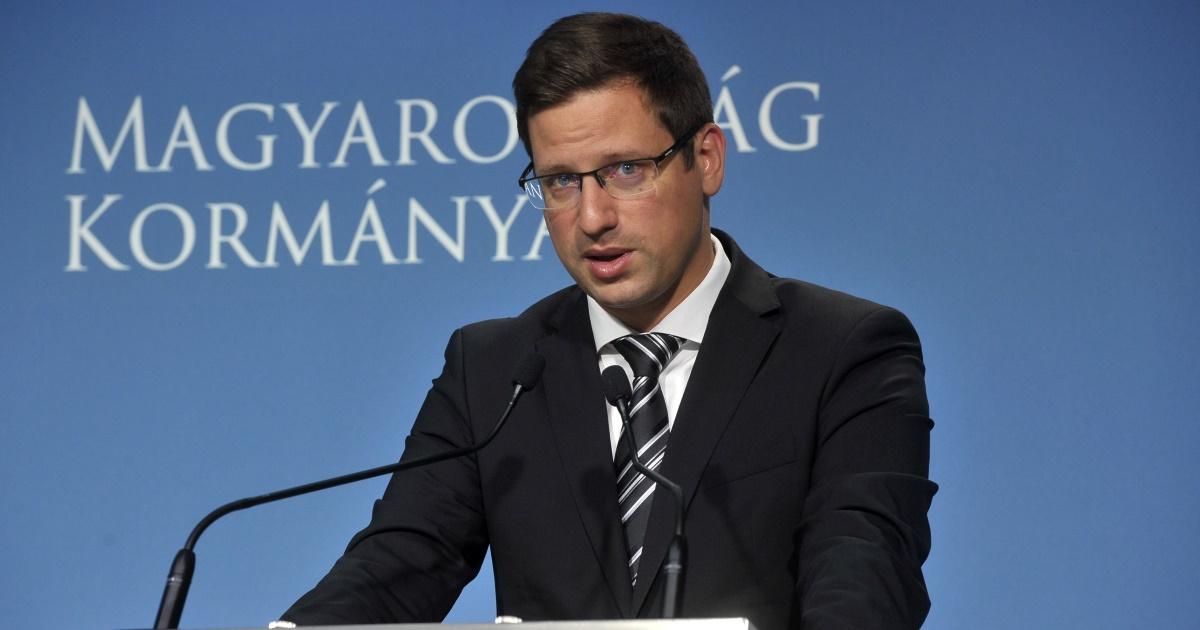 Iohannis soviniszta nyilatkozata rombolja a román–magyar kapcsolatokat Gulyás Gergely szerint (VIDEÓval)